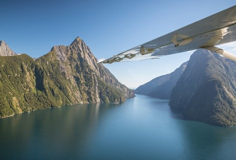 Milford Sound Scenic Flight from Queenstown
